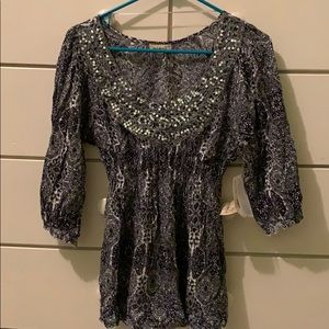 NWT sequin detail blouse